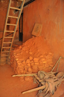 Interior room of L'Usine Matthieu, the Matthieu Ochre Works in Roussillon: Photo Copyright Marcia M. Mueller