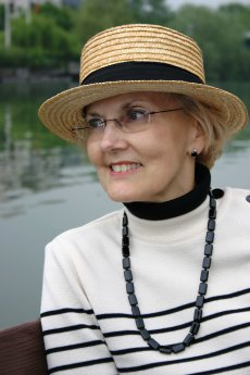 Susan Vreeland on the Siene River, Chatou France